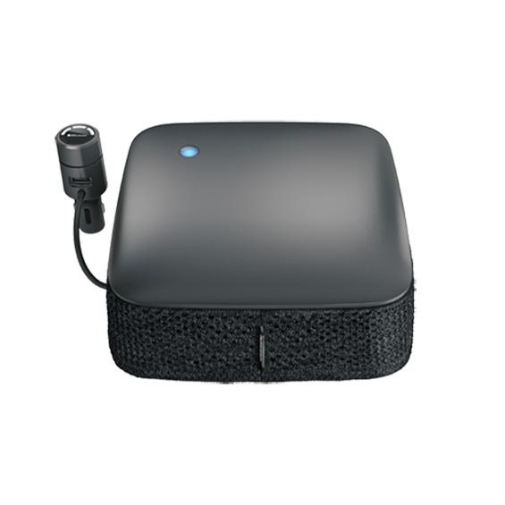 Cabin P1 尺寸只有小坐墊一般的大小,放在司機位椅背,就可以自動探測空氣質素,而作出相對的空氣淨化。