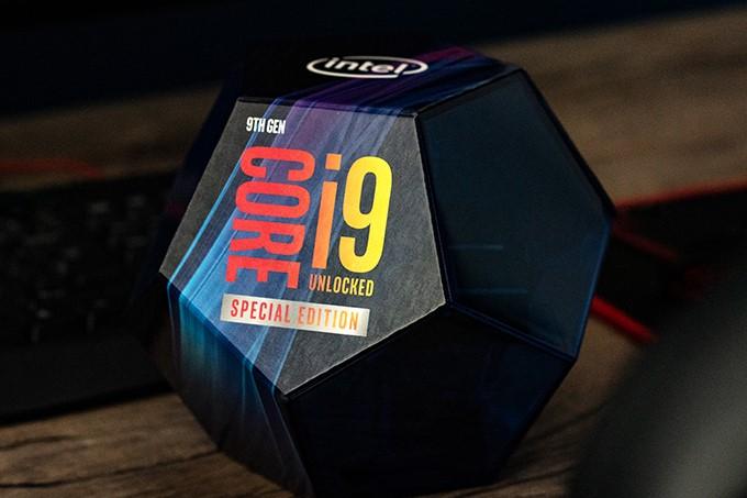 Core i9-9900K 的球型盒裝因為設計特別,成為不少 DIY 玩家珍藏物。