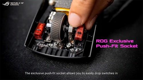 內部具有自家「 ROG 微動開關 」,提供輕身的手感。