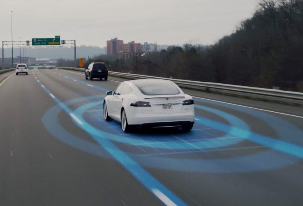 若Tesla 在2022年前推出全自動駕駛,可在2025 年的自動駕駛的士市場取得20%。