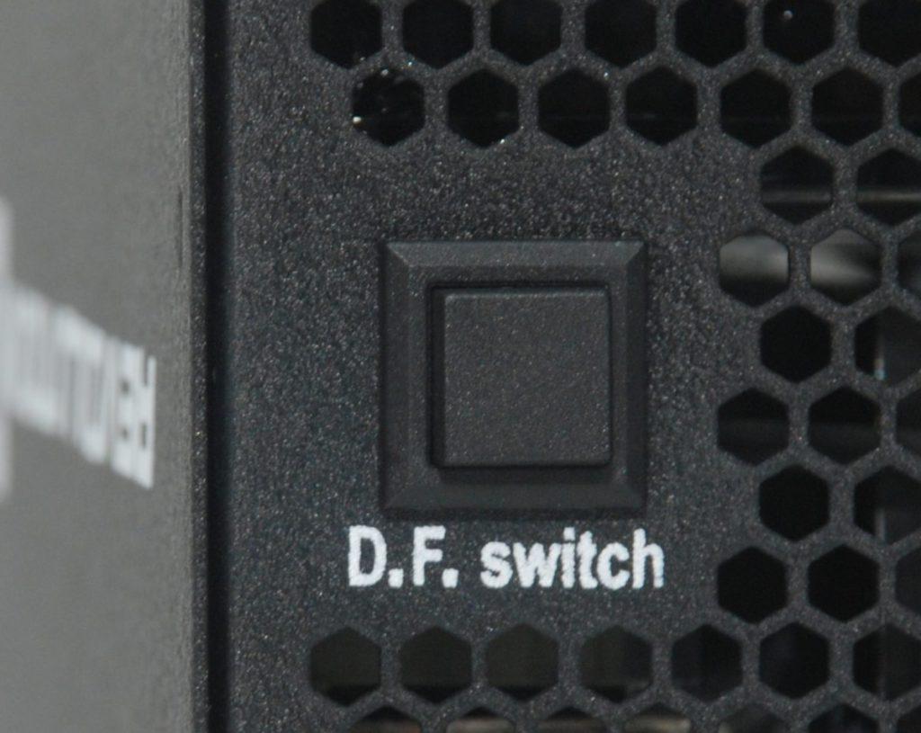 特別加入 D.F. 鍵,一按即可除塵。