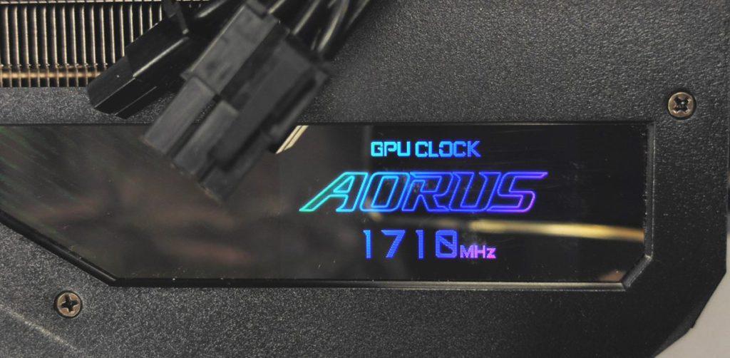 以 LCD 顯示屏顯示 GPU Clock 為 1710MHz