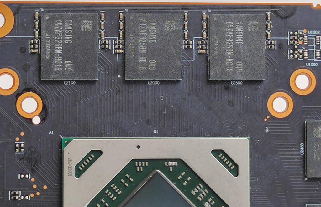 採用 Samsung 16Gb GDDR6 顆粒,僅需 6 顆即可組成 12GB 的容量