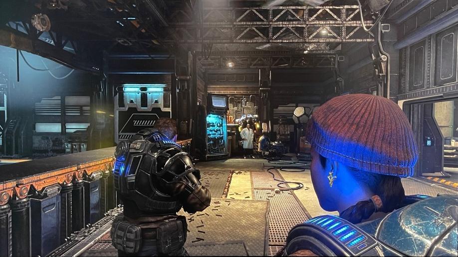 試玩《 Gears 5 》,指令的對白聲,以及子彈發射的聲音令人相當醒神,但包圍感以《 Forza Horizon 4 》更佳。