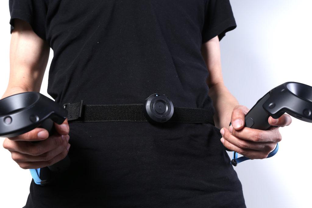 裝在腰間的裝置設有校正按鈕