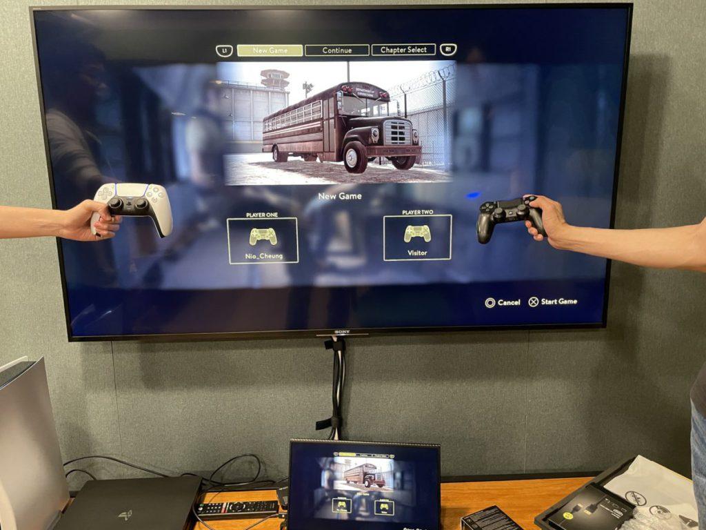 筆者先測試「與參觀者一起遊玩」的功能,直接以單機多人模式下的《 A Way Out 》測試, PS4 玩家方會成為玩家 2 。