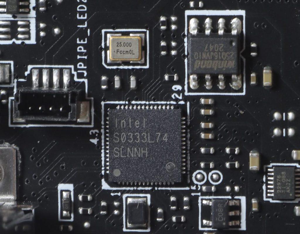 規格代碼 SLNNH 的 IntelI225-LM 2.5Gb LAN 晶片