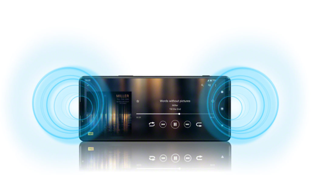 XPERIA 1 III 的雙喇叭支援Dolby Atmos,最大音壓較上代提高,機身也備有3.5mm,插上有線耳機時音量亦會較上代有提升,音效方面也支援 Hi-Res、LDAC 及 360 Reality Audio 等技術。