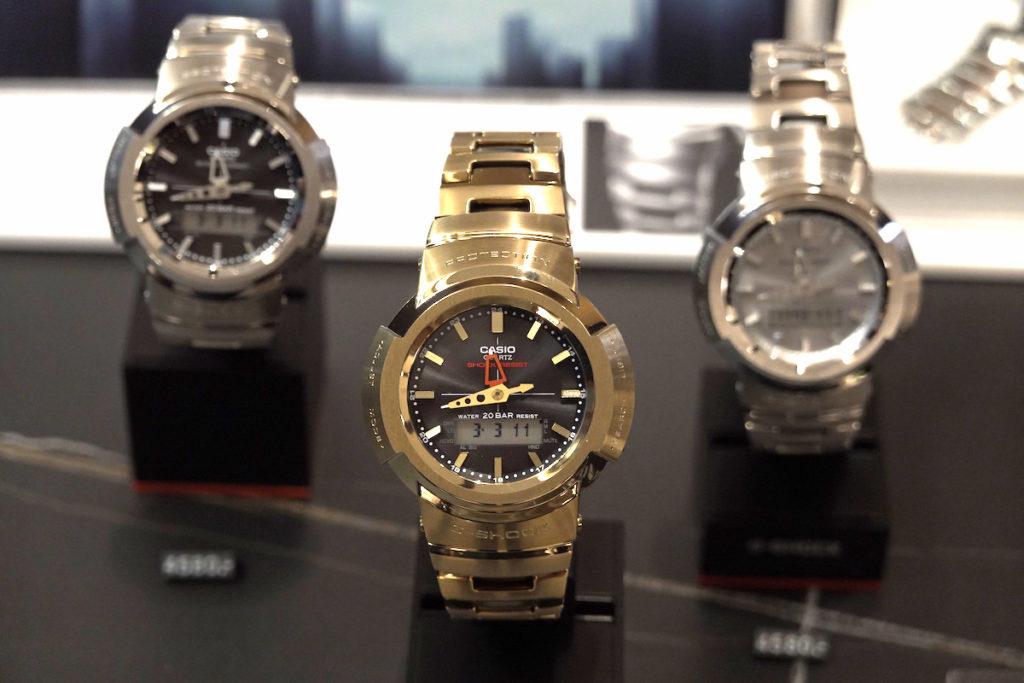 G-SHOCK AWM-500 系列全金屬指針數碼手錶。
