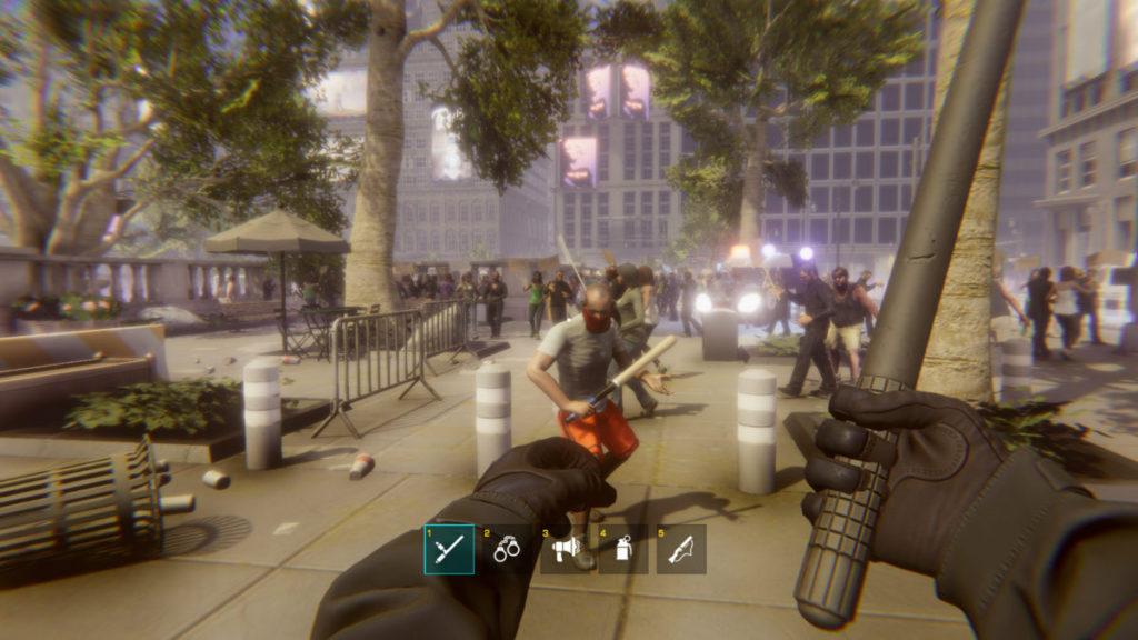 你可以用警棍對付示威者。