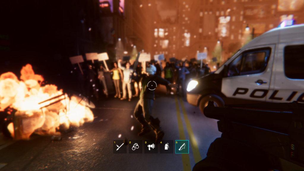 遊戲裡橡膠子彈似乎是最強力的個人武器,未知將來可否使用槍械。