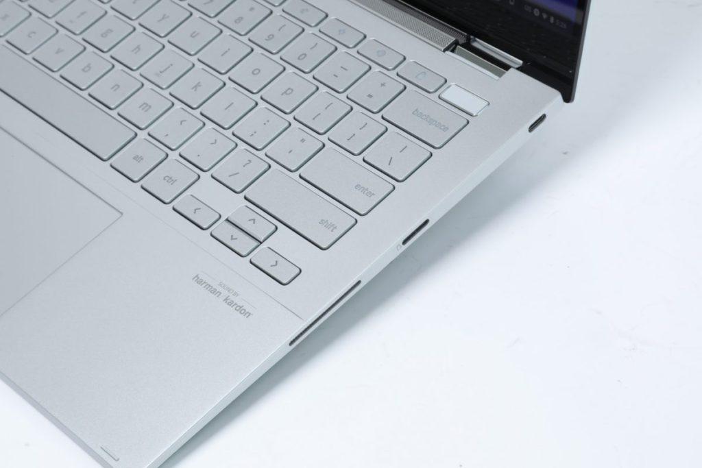 機身只配備2組USB-C,擴展性略嫌不足。