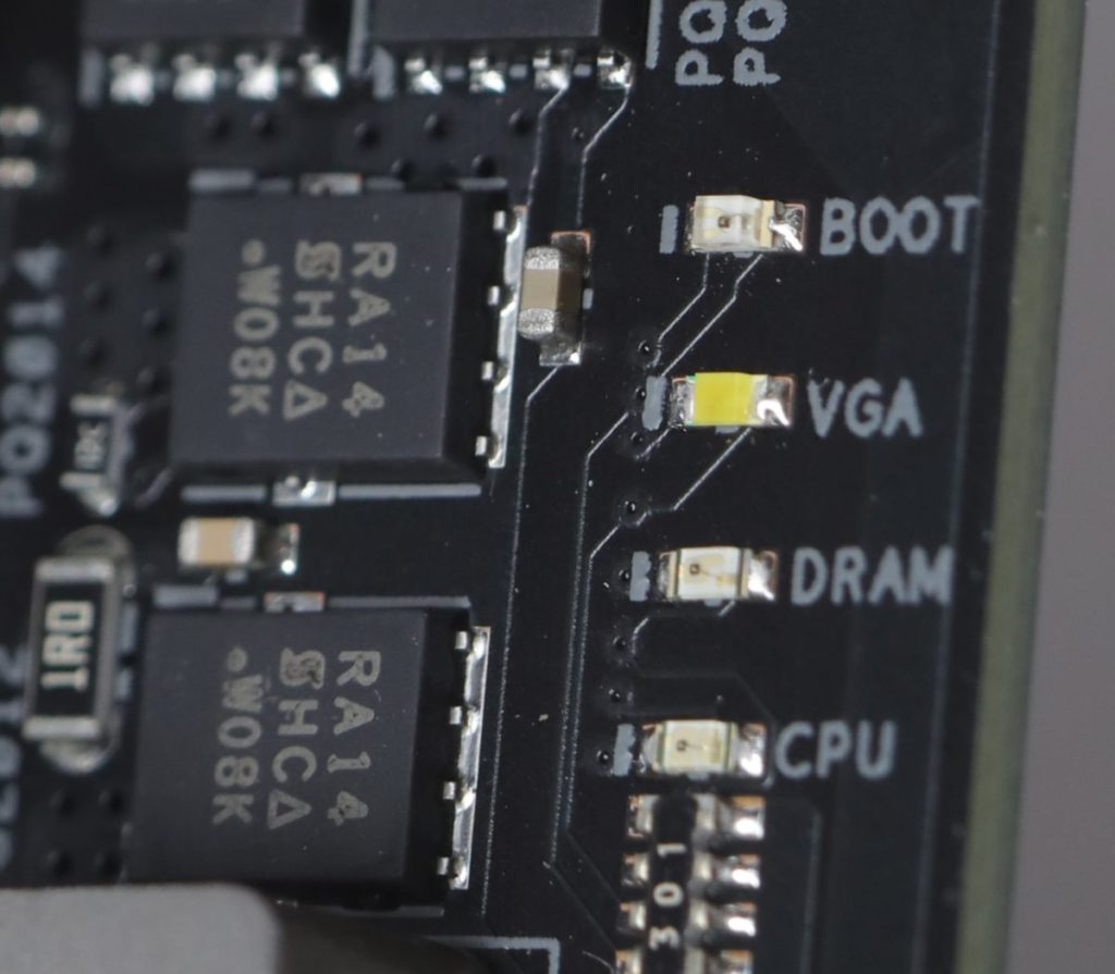 備有Debug LED除錯燈功能。