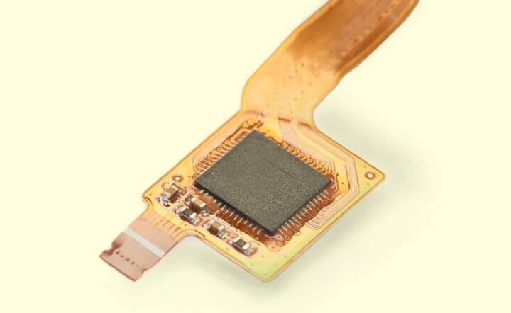 Apple 決定今年新 iPhone 的電池模組將以軟性電路板取代軟硬結合板。