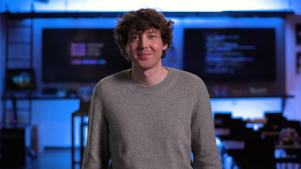Charles Lamanna 指出, NLP 幫助低程式碼平台,變成真正毋須編程。