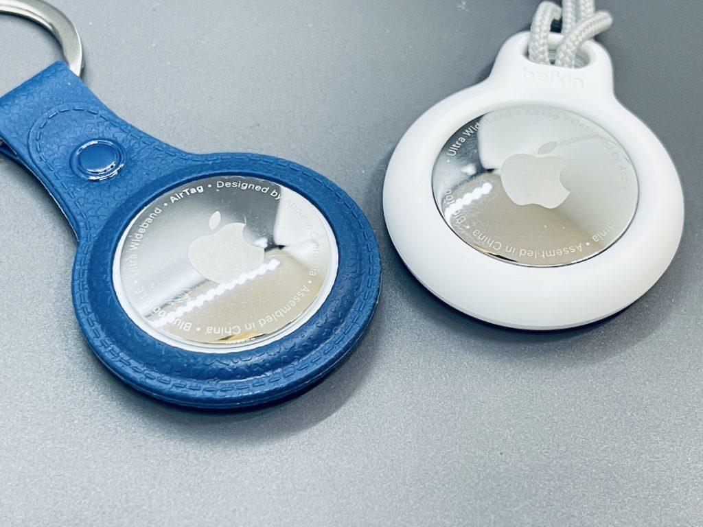 坊間的廉價保護套內環與 AirTag 的喇叭之間留有一坑,而 Belkin 保護環就緊貼著喇叭開心彎入,有助將 AirTag 的聲響擴散。