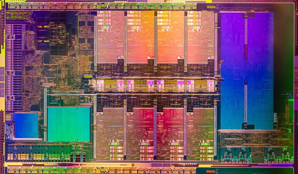 Intel 公佈的 Tiger Lake-H45 晶片圖,可見有 8 個完整的 Core。