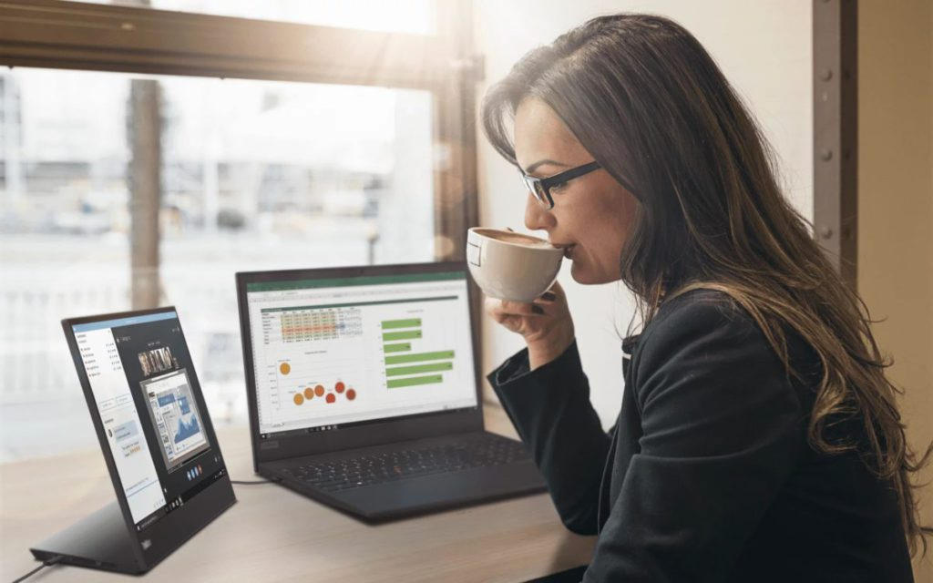 配合雙屏幕工作,外接 USB-C 顯示器愈來愈多人用。
