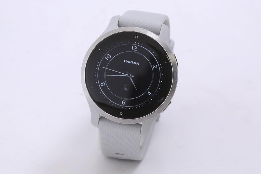VENU 2S 使用了 360 x 360 解像度 AMOLED 屏幕,智能手錶模式下可有 10 日的使用時間。