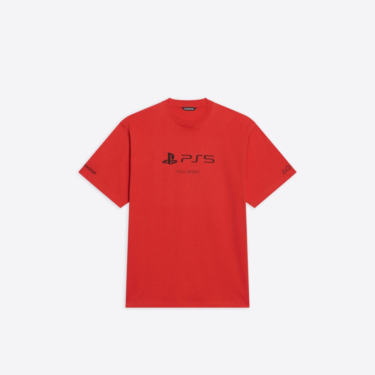 T 恤有紅色選擇,但就沒有黑白配色簡約。