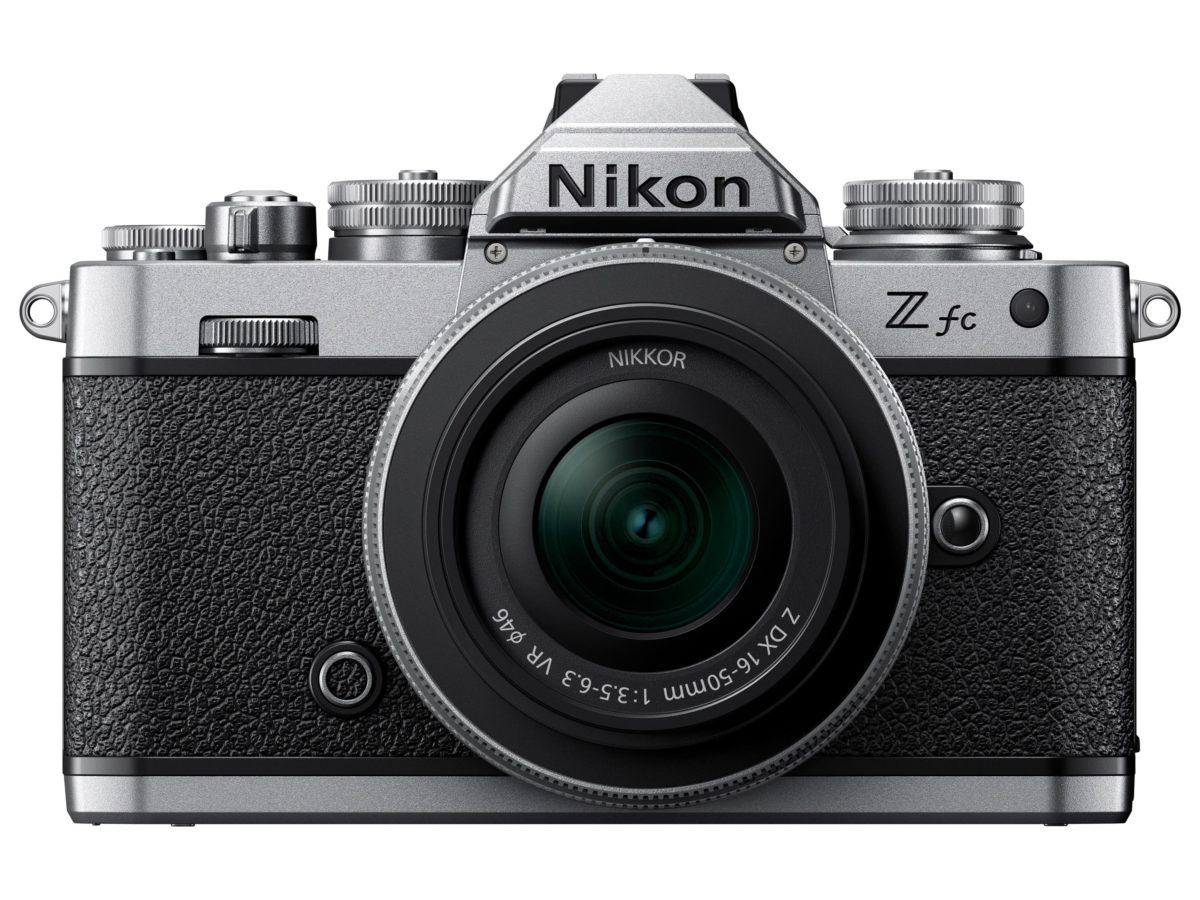 外形與菲林相機 FM 2 相似,風格依然。