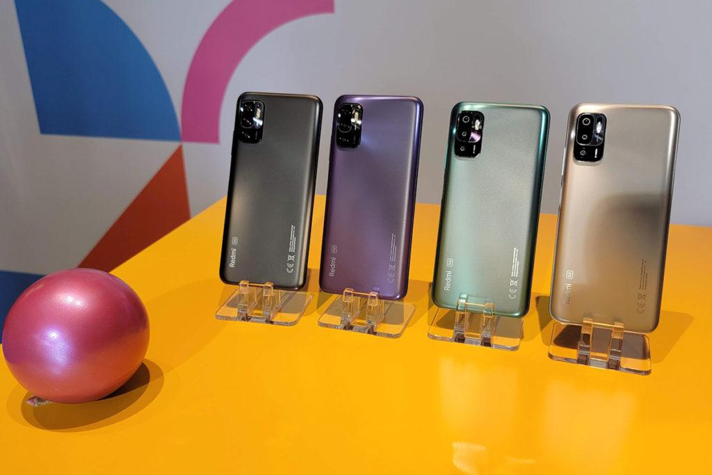 Redmi Note 10 5G 備有彩光銀、石墨灰、夜幕藍及極光綠四種顏色選擇。