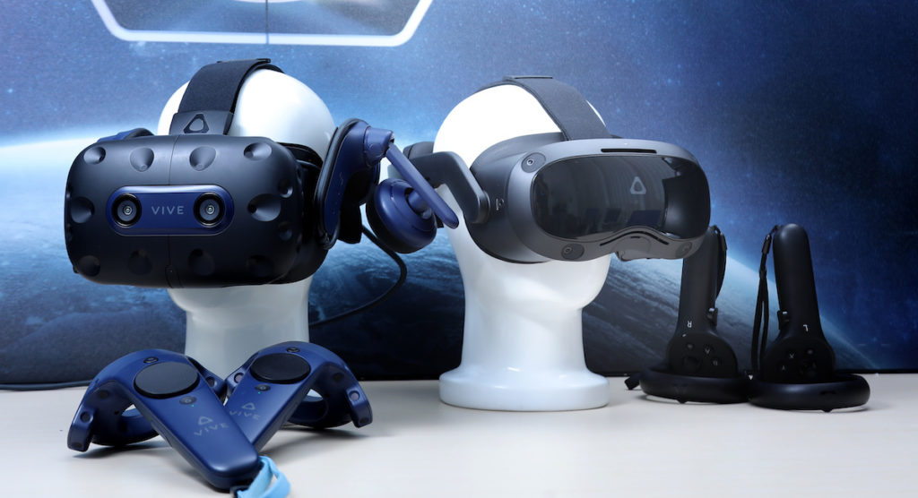 HTC Vive 5 月時公布兩款 VR 裝置 Vive Focus 3 (右)和 Vive Pro 2 ,前者針對商業應用,後者則以遊戲迷為對象。