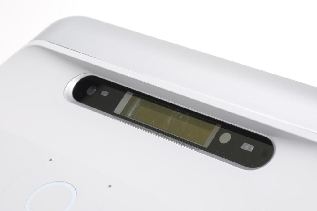 LED 投影光源,配合 DMD 散熱專利,機器壽命至 45,000 小時。