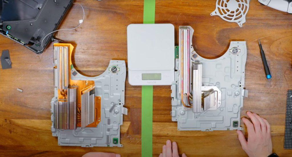 但其實是整組散熱皆改為成鋁片(圖右), Heatsink 鰭片數目也比舊版 PS5 更少。