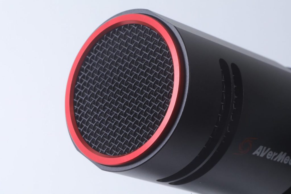 內置Pop Filter有效防止「噴咪」情況。