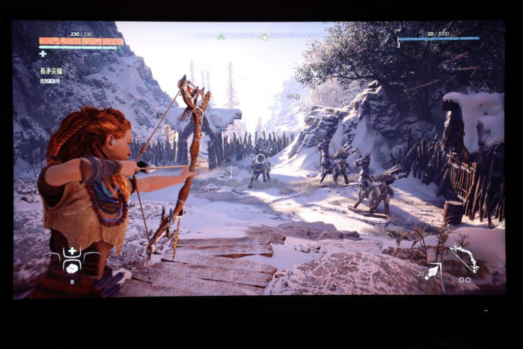 以 4K 解像度加HDR效果遊玩《Horizon Zero Dawn》,帶來的視覺效果十分優秀。