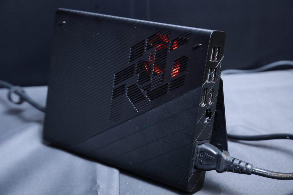 配備了筆電版 RTX3080 的 XG Mobile