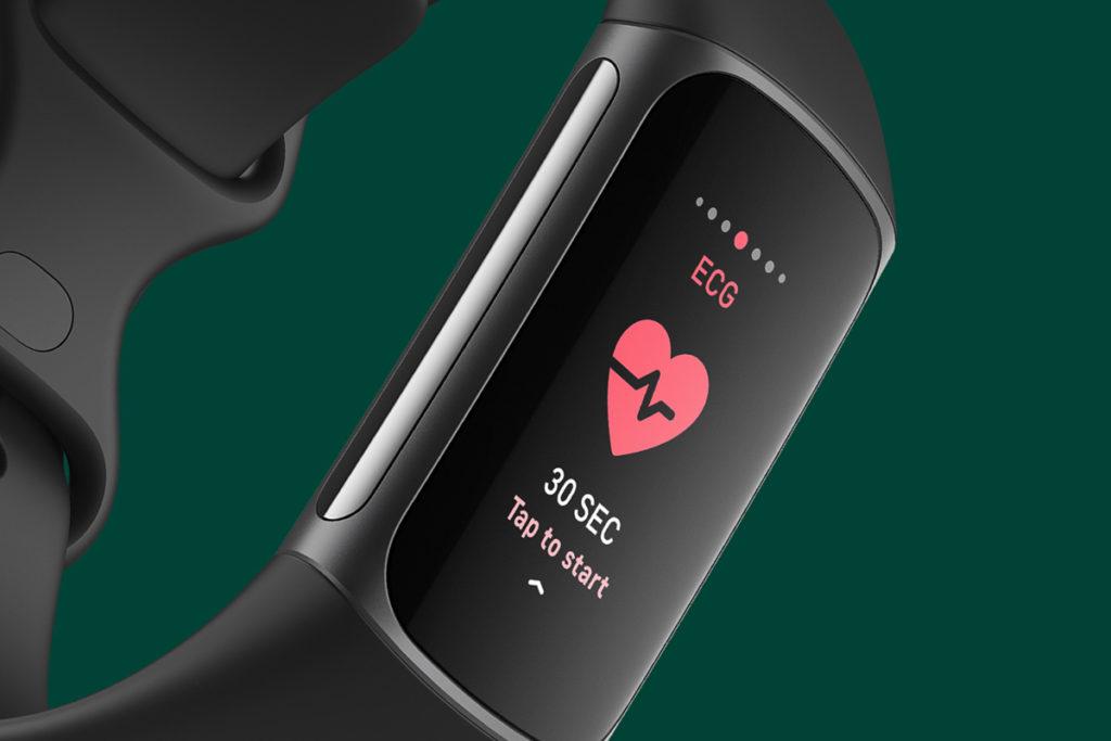心電圖(ECG)功能分析用家的心率節奏來偵測心房顫動跡象,提醒用戶是否有異常的情況出現。