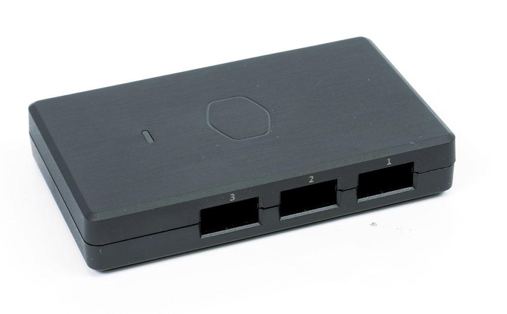 以 ARGB Gen2 Controller 控制燈效。