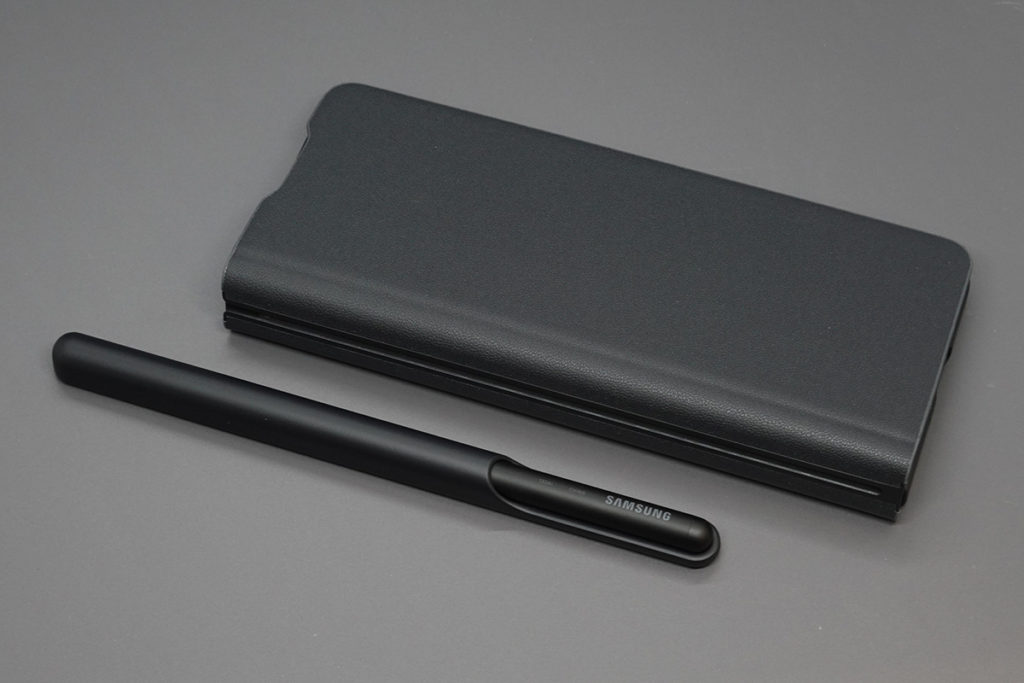 S Pen Fold Edition及專用筆套可分離。