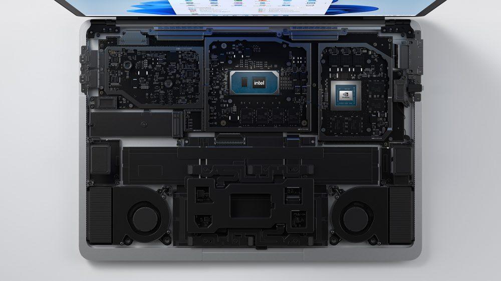 配備 Intel 11 代 Core H 系列 CPU 和 NVIDIA RTX 3050 Ti 獨顯,散熱系統也重新設計。