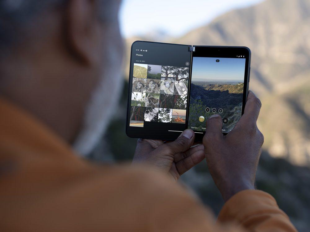 兩個屏幕二合一使用達 8.3 吋,解像度去到 2,688 x1,892,屏幕尺寸有增加及比例上較上代長一些,使用起應該會感到較為方便。