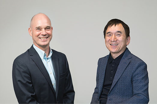 USJ 社長 J.L.Bonnier (左)和Pokémon Company 董事總經理石恒和。